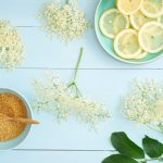 elderflowers-sugar-and-lemon-slices-for-making-elderflower-syrup1